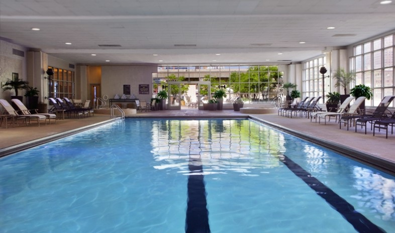 HIlton Chicago Indoor pool